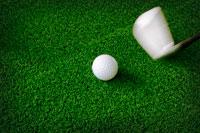 golf-ball-on-green